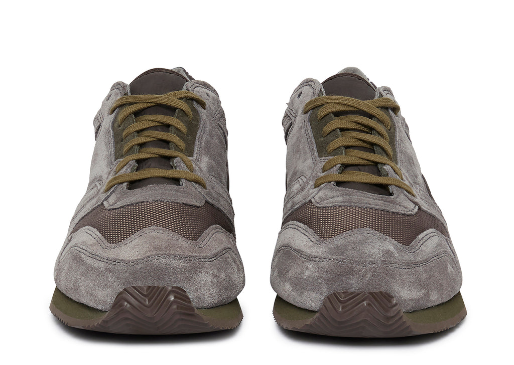 British Military Trainer in Gray/Olive