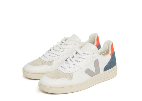 Veja V-10 in White Oxford Grey Orange