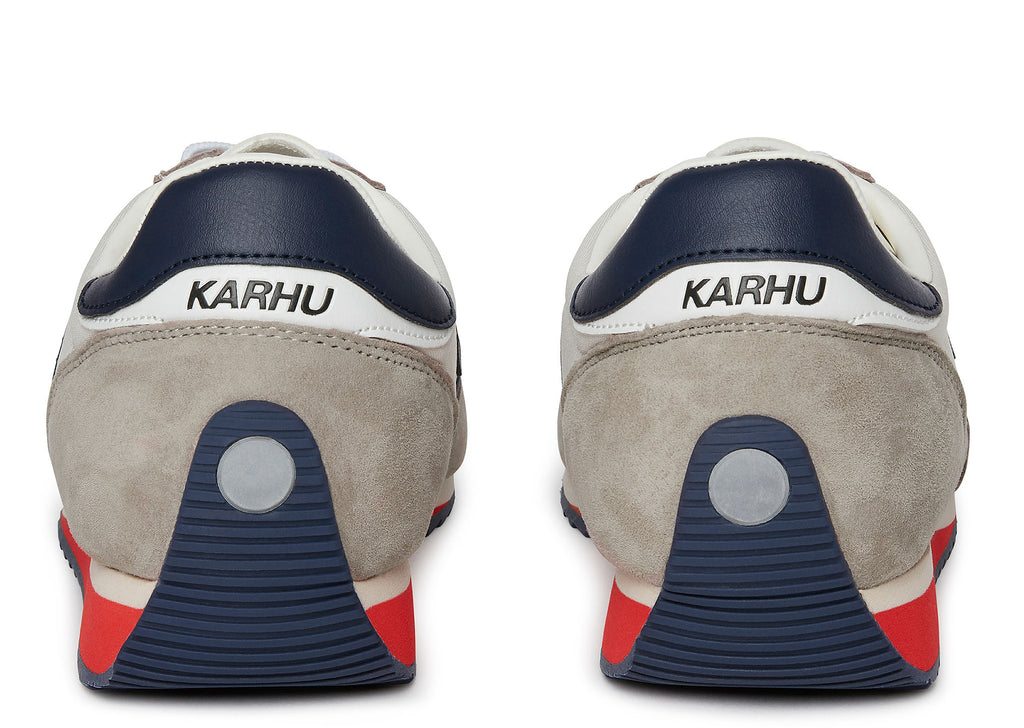 Karhu Champion Air in White Sand Patriot Blue