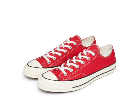 Chuck 70 Always On in Enamel Red