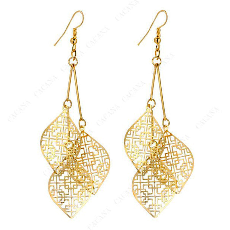 18k Gold Plated or Platinum Plated 3 Leaves Drop Earrings - DesignIN