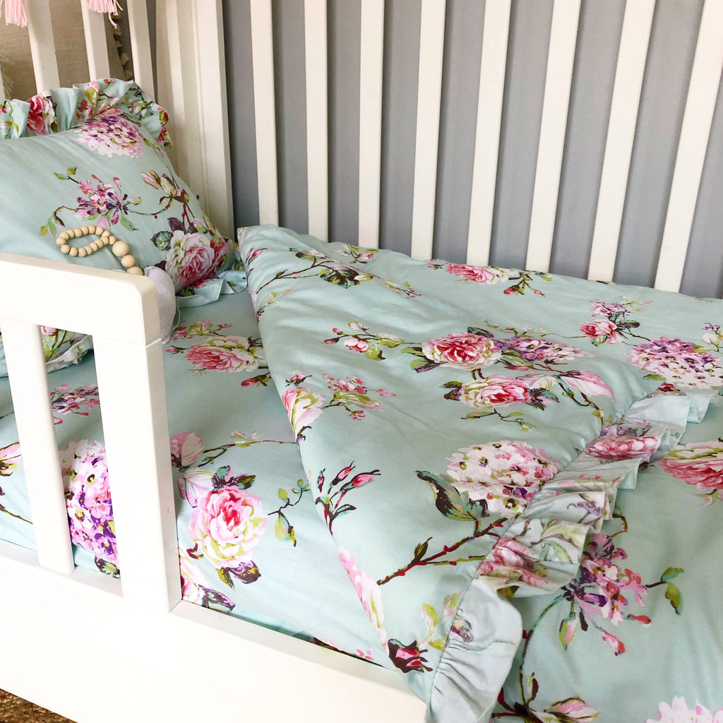 Cot Size Quilt Cover + Pillow Slip Set in Mishka Print