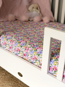 Fitted Cot Sheet in 'Colourful Daisies' Print
