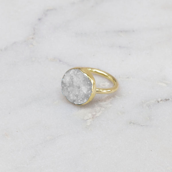 RAW STONE RING BRASS ROUND WHITE
