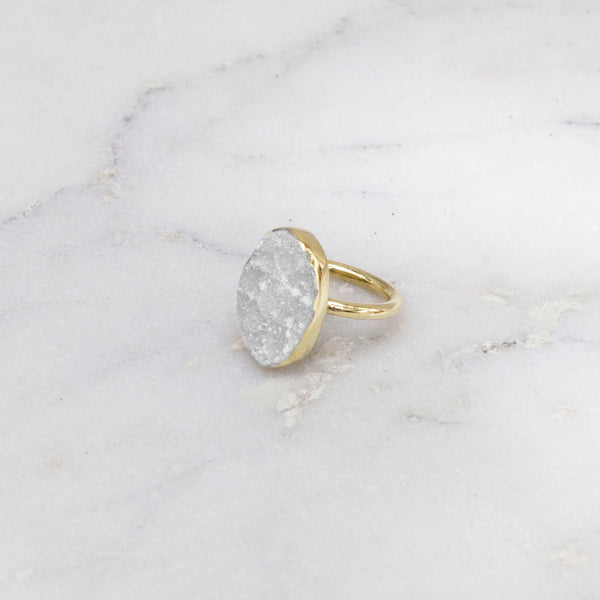 RAW STONE RING BRASS OVAL WHITE