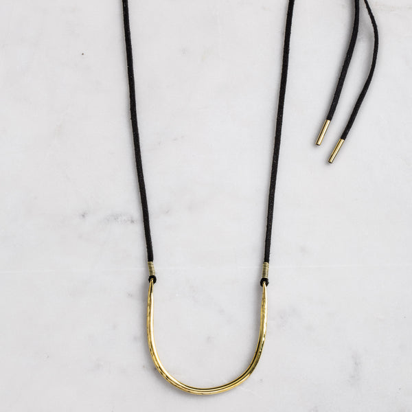 DENTED HALF MOON TIE NECKLACE