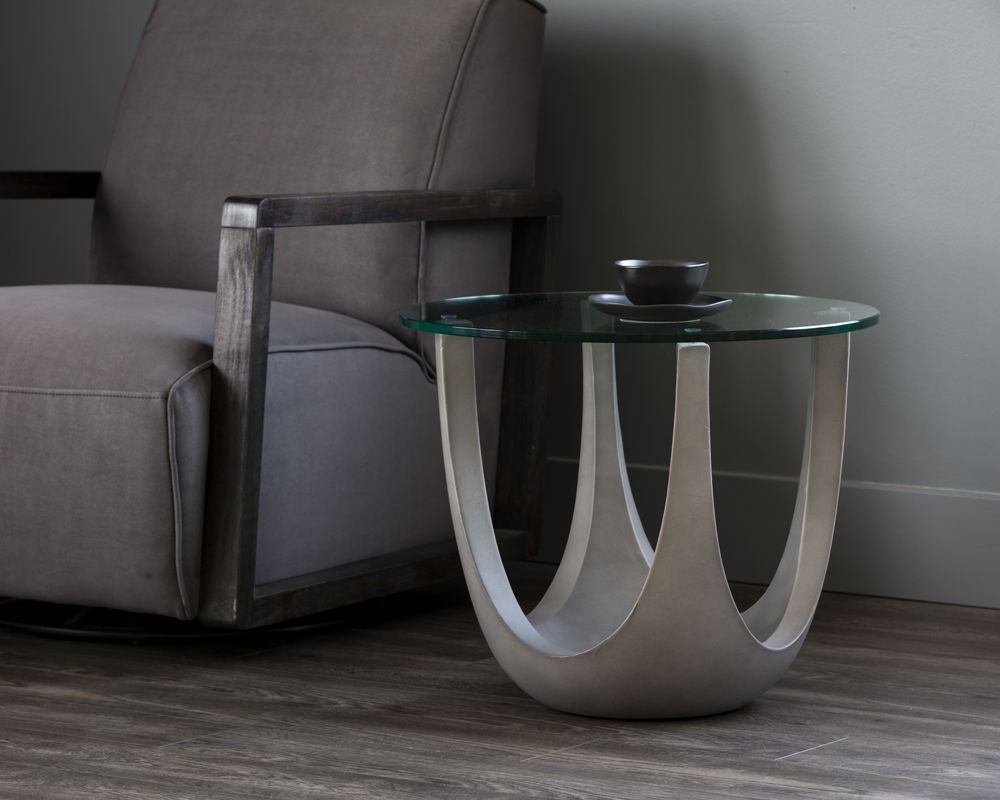 Lia Side Table