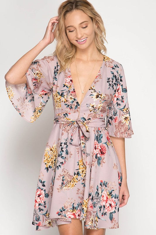Half Sleeve Plunging Floral Print Dress (Misty Pink) - Pineapple Collective