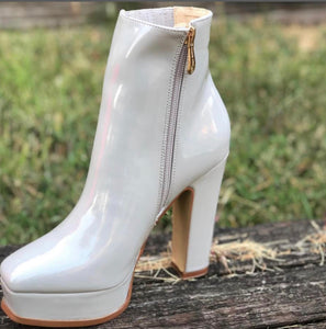 """Glossy"" Parent Leather Grey Square Toe Platform Bootie"