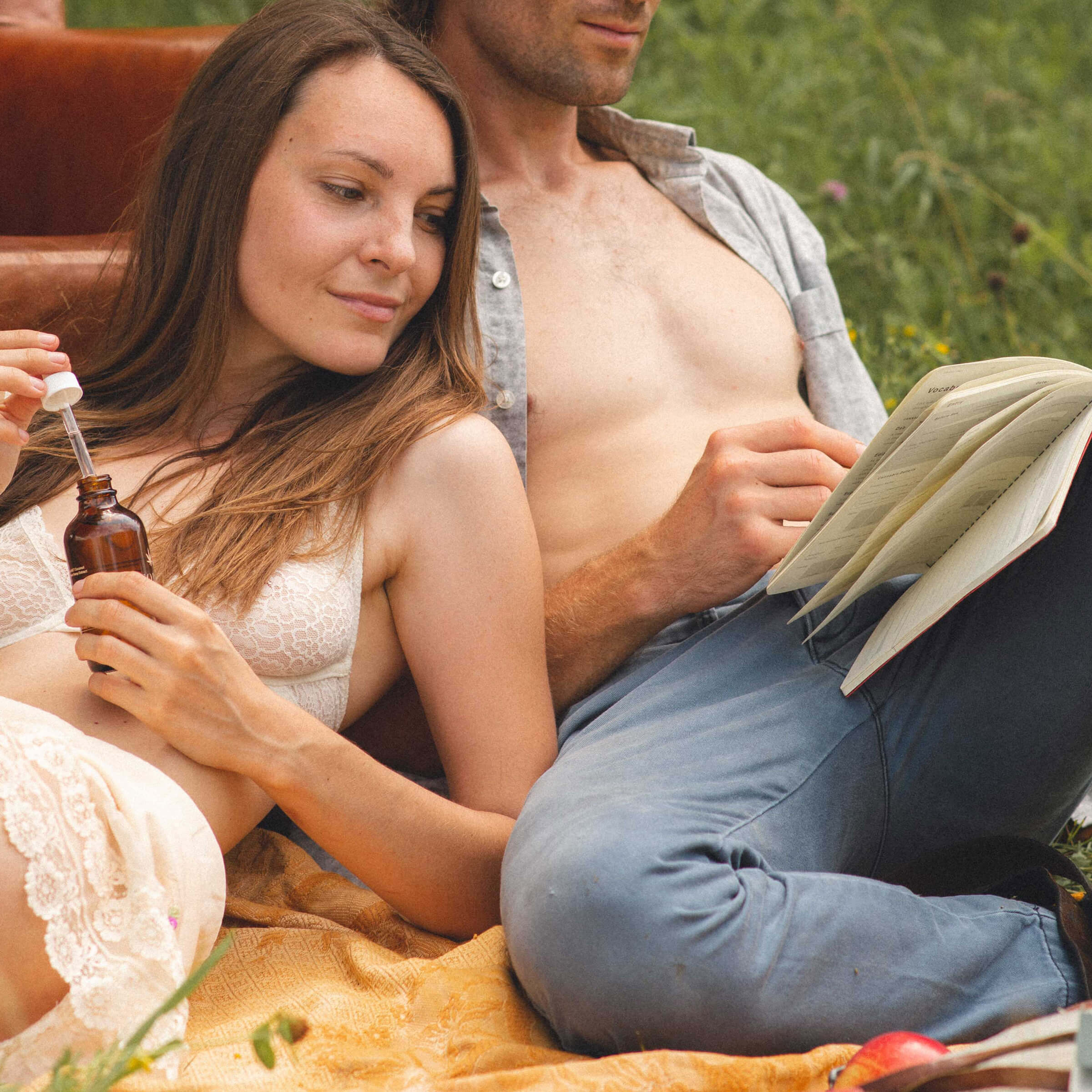 Couple using the Intimacy Journal by Goldleaf