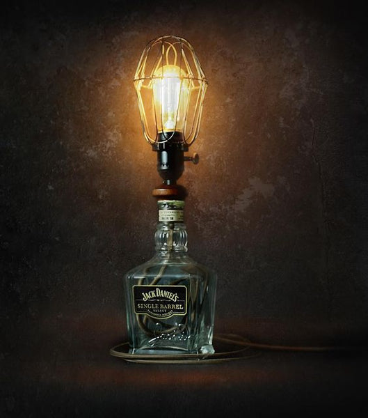 Exceptional 12 DIY Jack Danielu0027s Whiskey Bottle Lamps Men Will Love   Read More At Www.