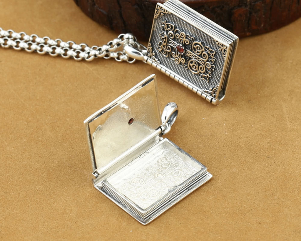 Pendant Necklace for Women Sterling Silver Cross Gawu Box Silver