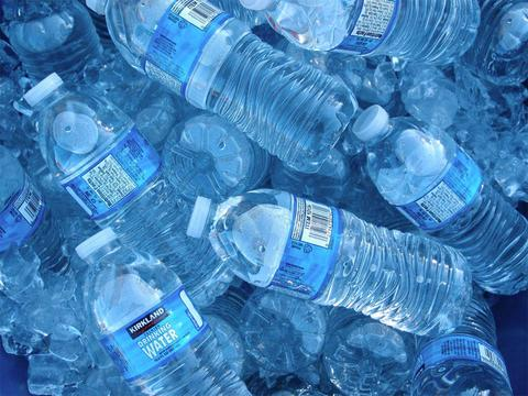 Plastic Particles in Bottled Water. Widespread problem; Easy solutions.