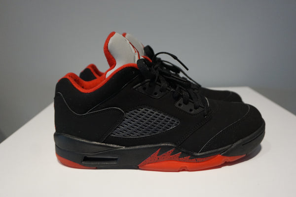 Jordan 5 Retro Fire Red 2012 (GS)(Pre Owned)