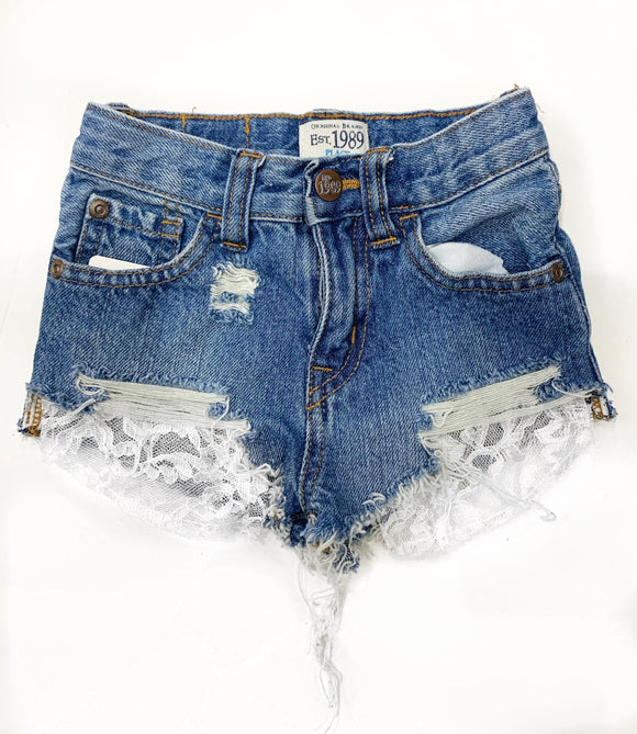 """Lace pocket"" shorties"