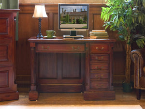 Laddingford Solid Mahogany Single Pedestal Computer Desk