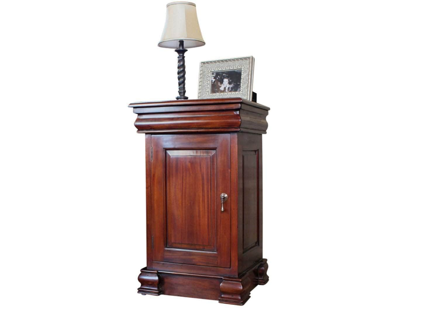 Laddingford solid mahogany lamp table with cupboard