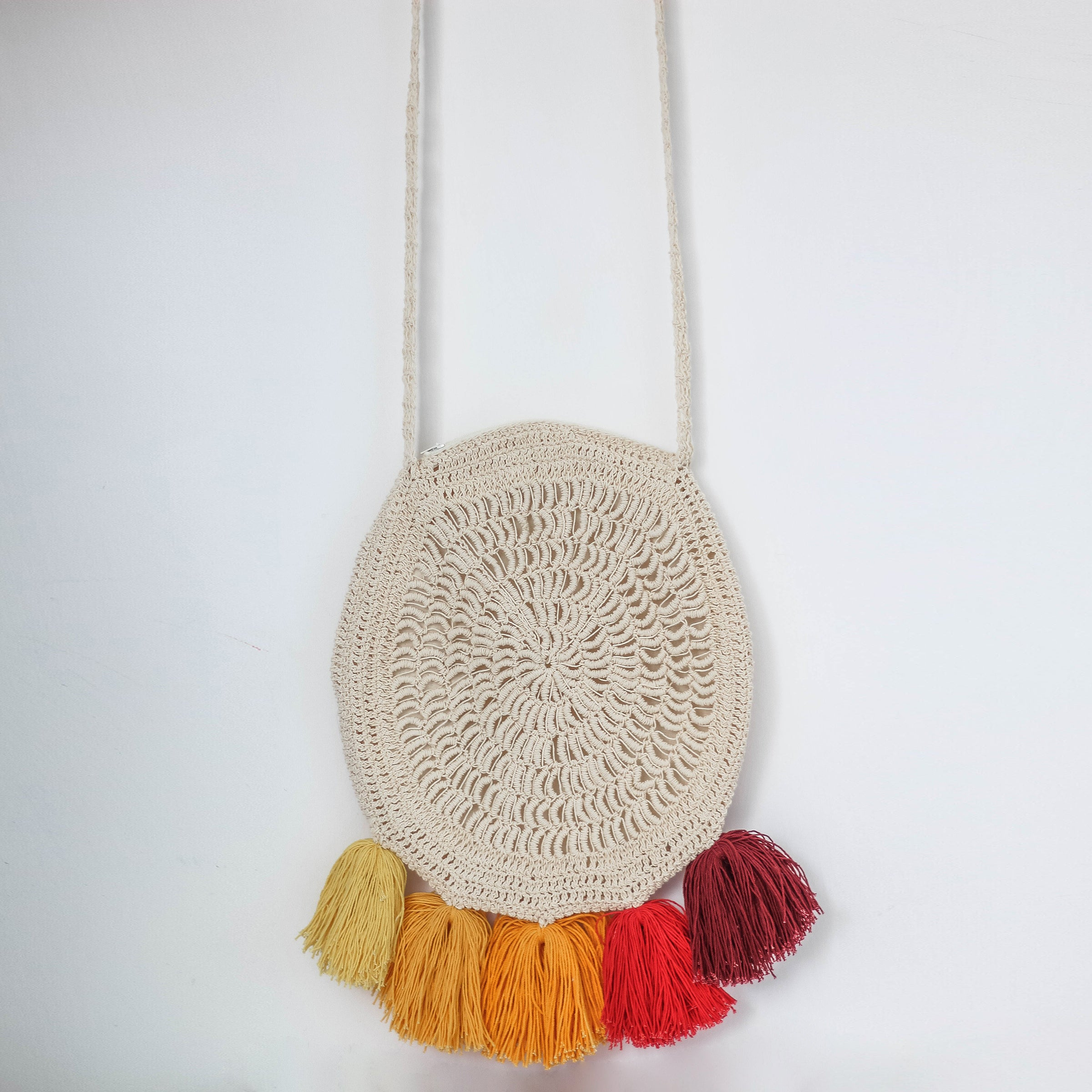 ... Macrame bag natural color with red 76babecd4