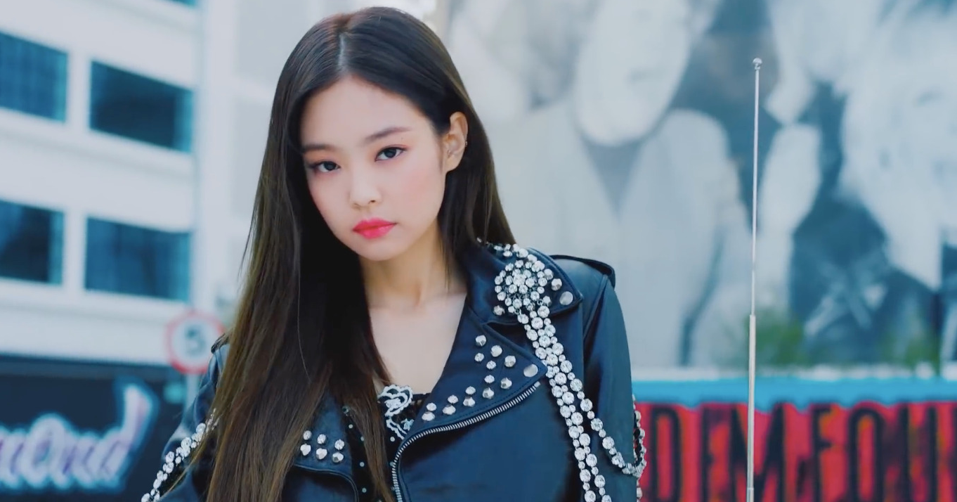 JENNIE's SOLO MV Becomes First Soloist M/V to Surpass 300 Mil Views