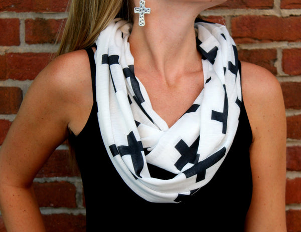 Four Reasons To Own A Cross Scarf