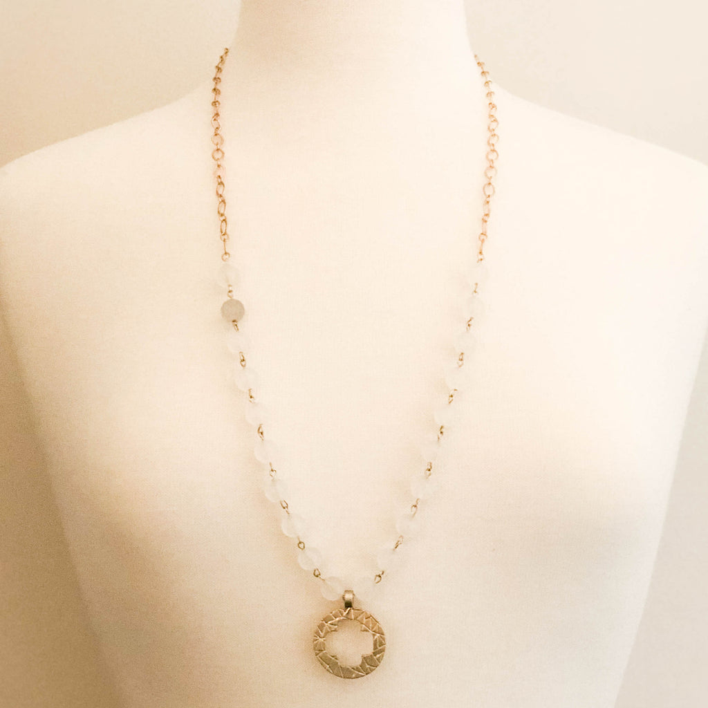 Brûlée Circle Necklace