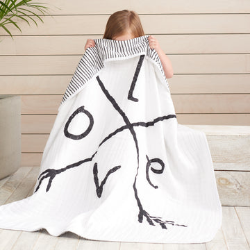 Aden and Anais Lovestruck Dream Blanket