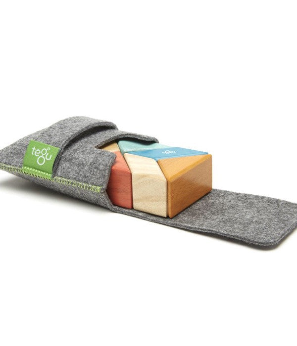 Tegu: Prism Pouch with 6 Magnetic Blocks Sunset Colourway