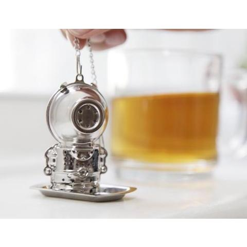 Jacques the Diver Tea Infuser by Kikkerland - Tèaura - Christmas Gifts - Cadeaux Noel - The best Swiss online department store!