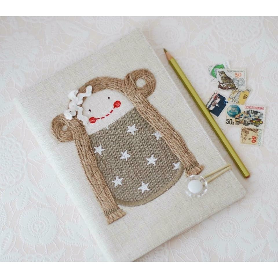 Stars Doll Notebook - Smitten Kitten - Christmas Gifts - Cadeaux Noel - The best Swiss online department store!