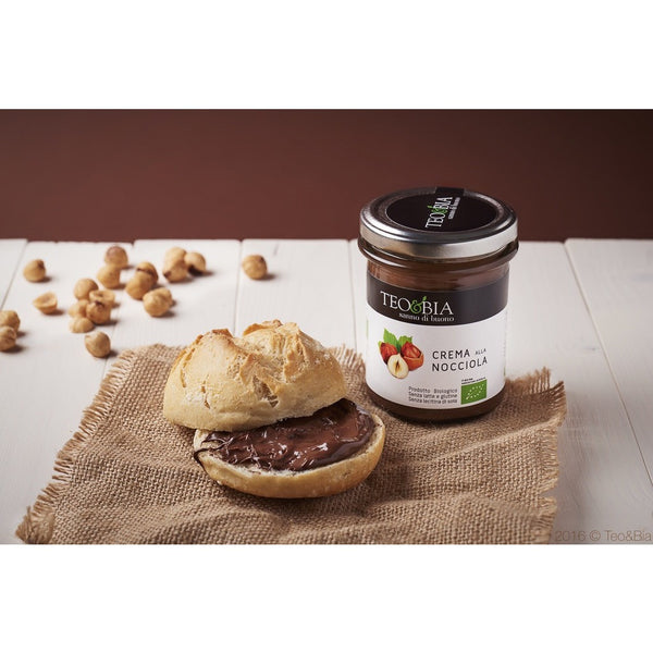 Teo & Bia Organic Hazelnut and Cocoa Spread (212g) - Delissano.ch - Free delivery - Gifts - The best Swiss online department store!