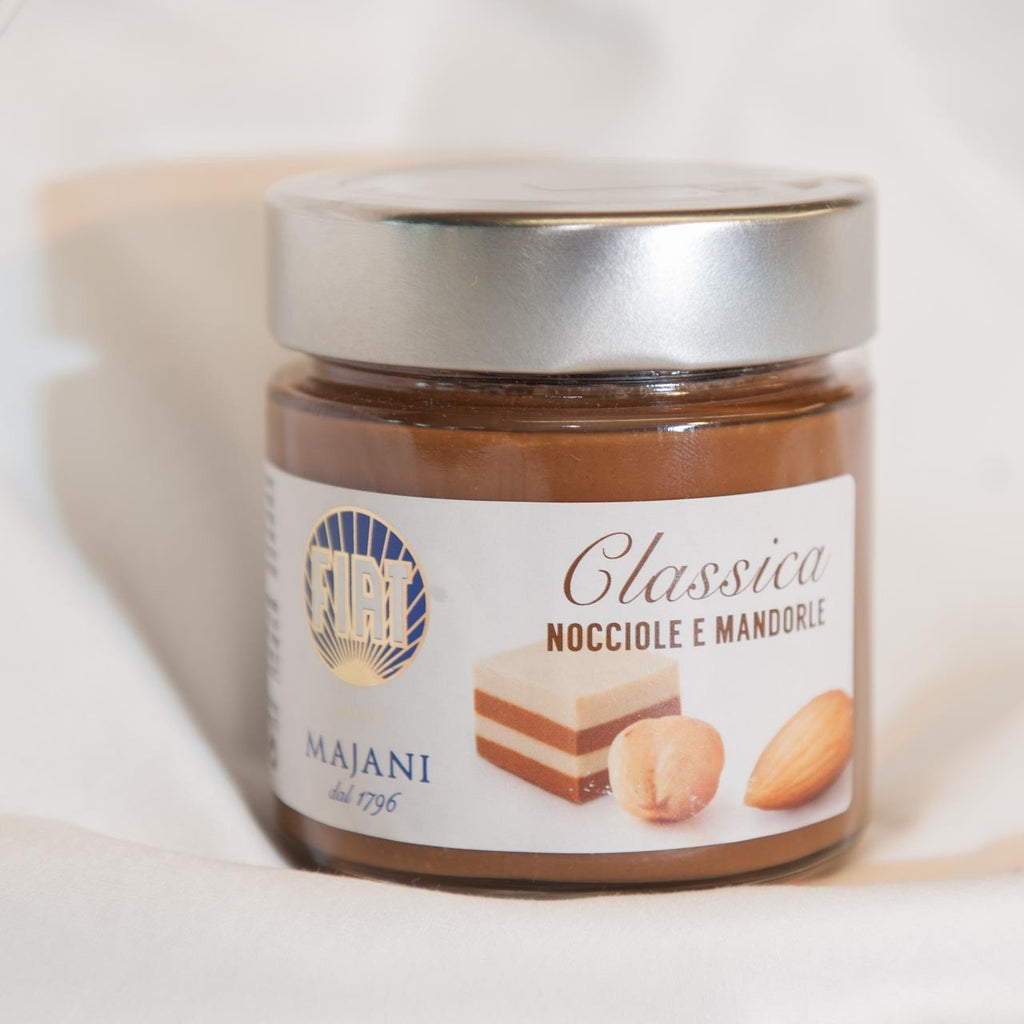 Majani Palm-Oil-Free Classic Hazelnut and Almond Spread (240g) - Delissano.ch - Christmas Gifts - Cadeaux Noel - The best Swiss online department store!