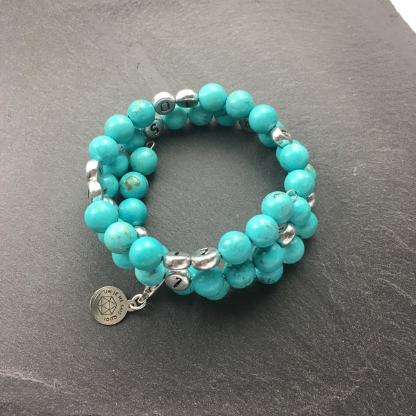 Bracelet d'Allaitement en Howlite Turquoise/ Breastfeeding Bracelet made with Howlite Turquoise - Un Je Ne Sais Quoi - Christmas Gifts - Cadeaux Noel - The best Swiss online department store!