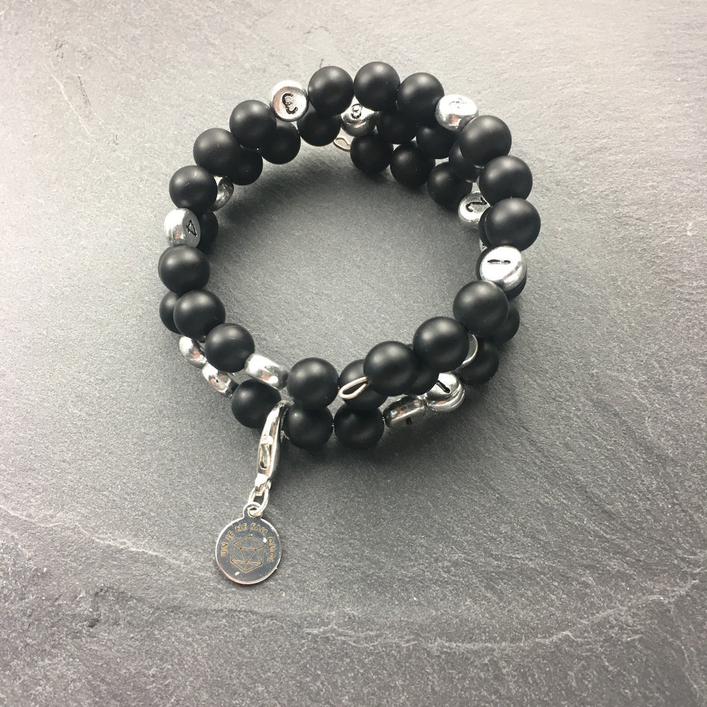 Bracelet d'Allaitement en Onyx Noir Mat / Breastfeeding Bracelet made with Mat Black Onyx - Un Je Ne Sais Quoi - Christmas Gifts - Cadeaux Noel - The best Swiss online department store!