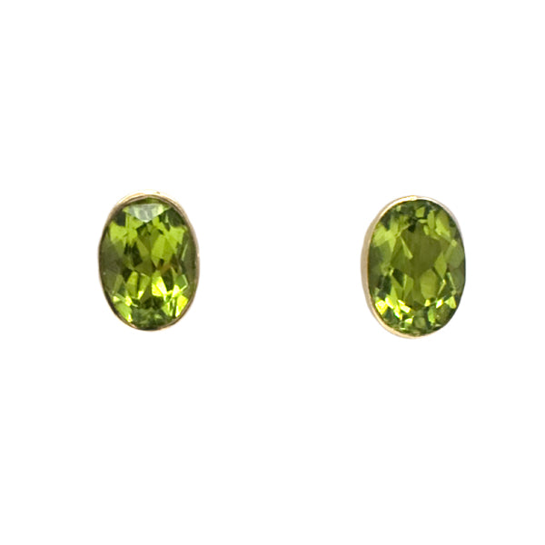 9ct Oval Peridot Stud Earrings