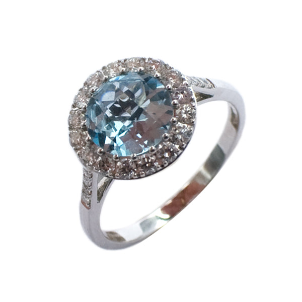 18ct Blue Topaz & Diamond Ring