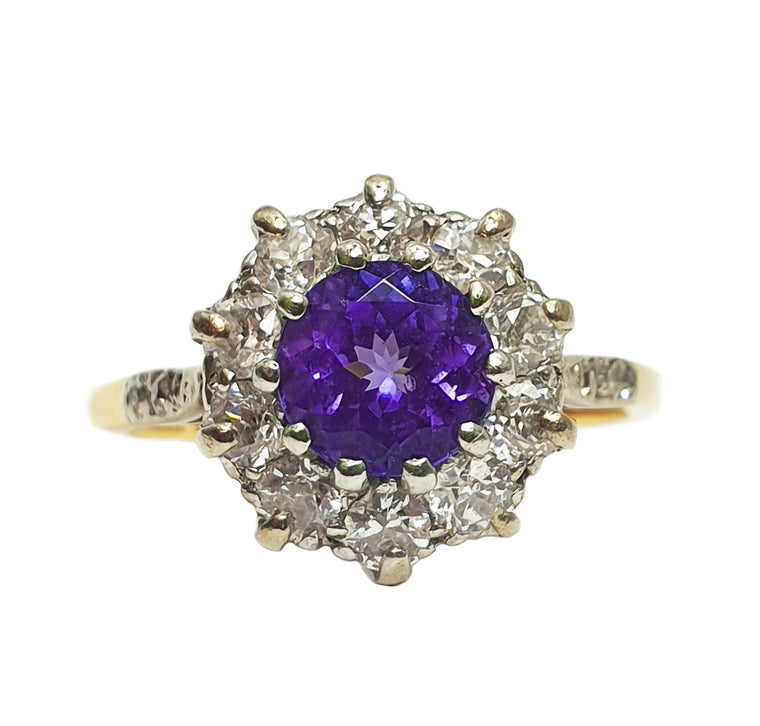 18ct Gold Tanzanite and Diamond Ring