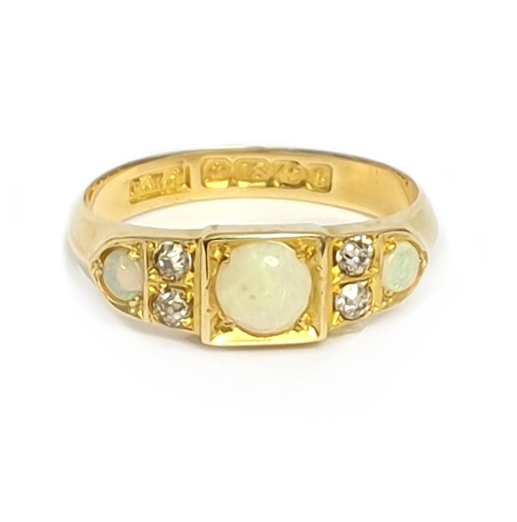 Antique 18ct Gold Opal & Diamond Ring