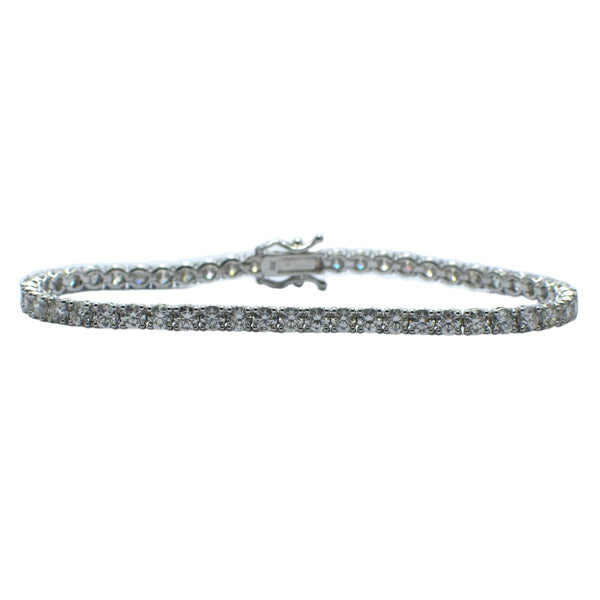 18ct  Diamond Line Bracelet