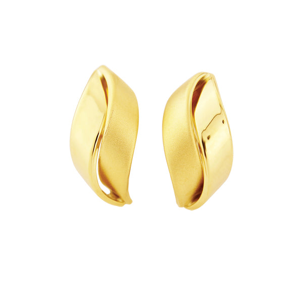 9ct Gold Satin Earrings