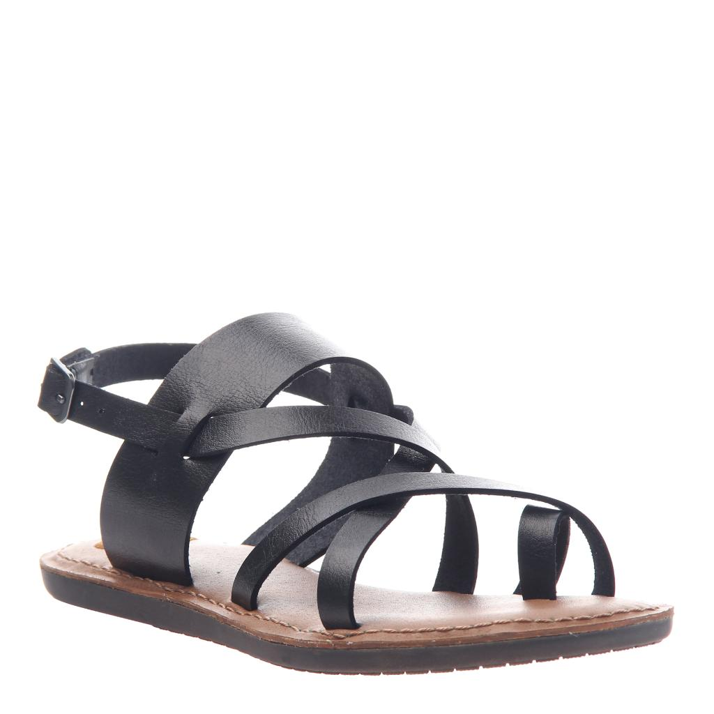 8b16a978122b Divania 2 in Black Flat Sandals