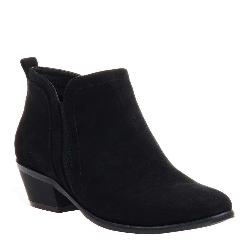 143c2c0f4bfb Poet in Black Ankle Boots