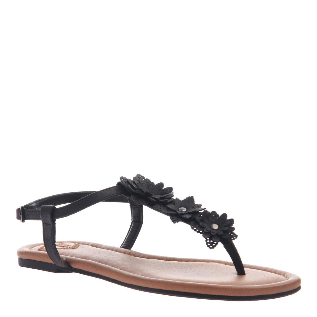 2a8457719638 Starburst in Black Flat Sandals