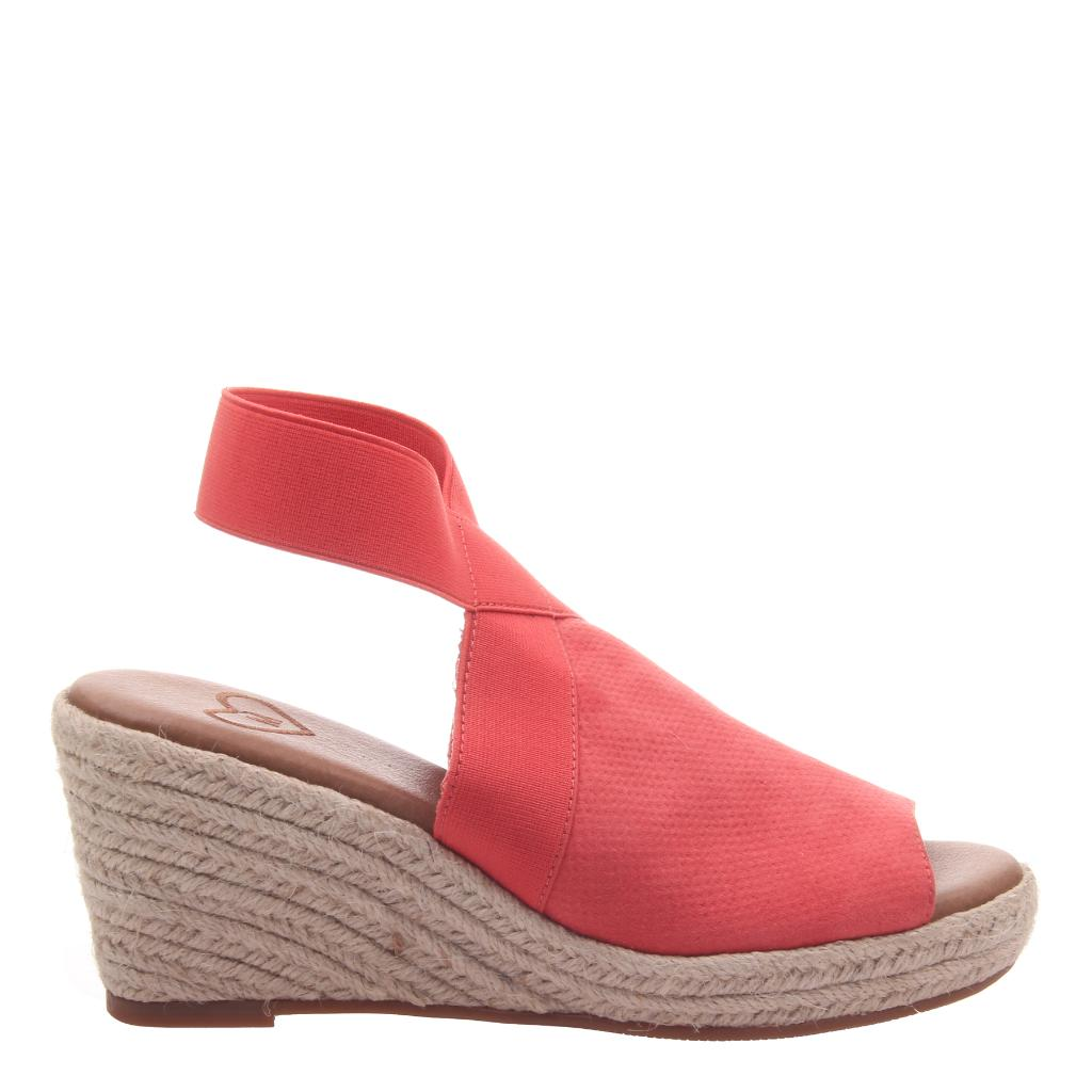 b397484fa7e1 The Official MADELINE SHOES website