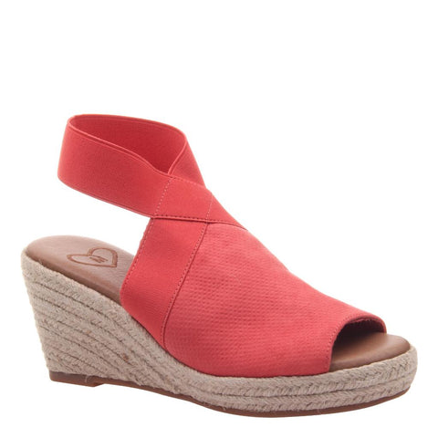 367a1082affc The Official MADELINE SHOES website