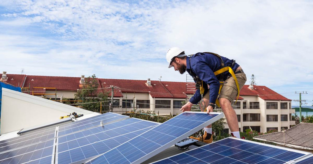 Pros and Cons of DIY Solar