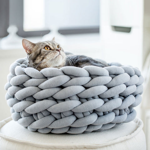 Ohhio Braid Cat Bed