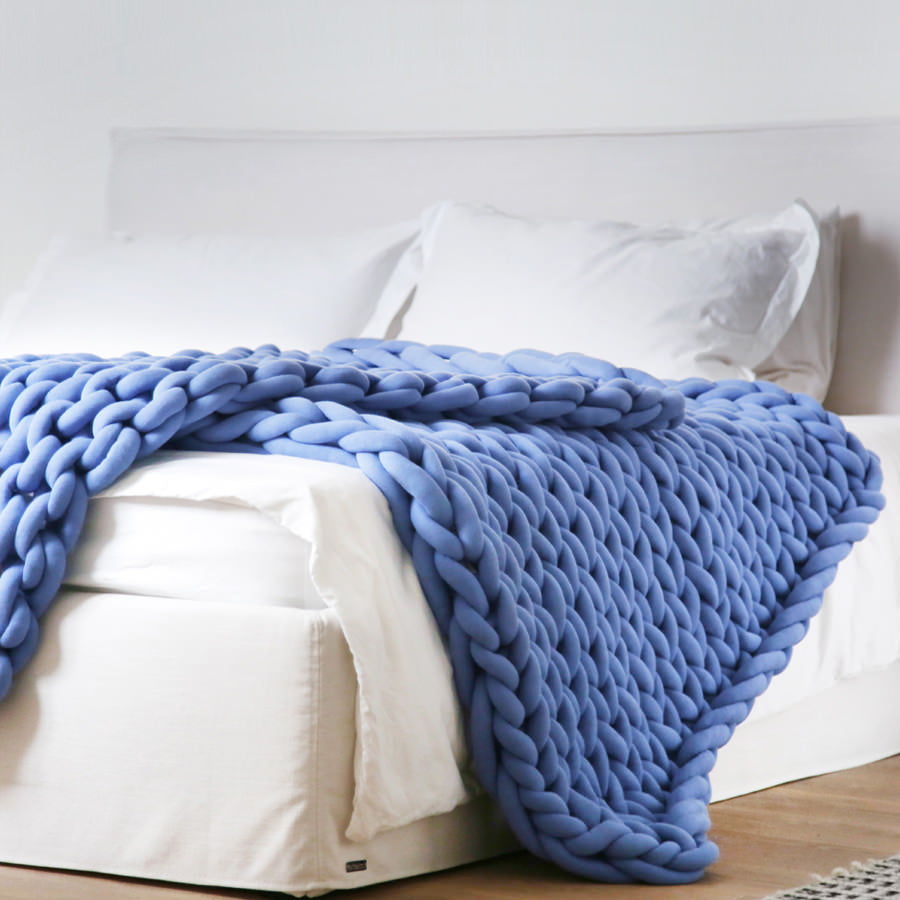 Large Ohhio Braid Blanket