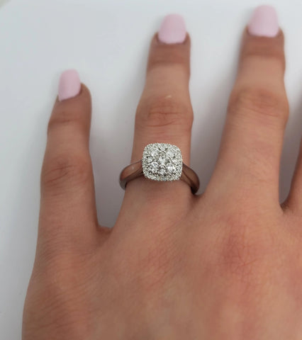 bague sabrina 0.50ct de diamants en or blanc 10k