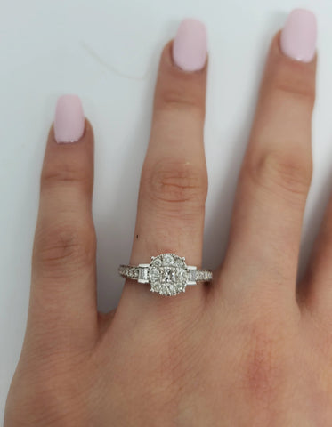Bague lilly 0.75ct de diamants en or blanc 10k