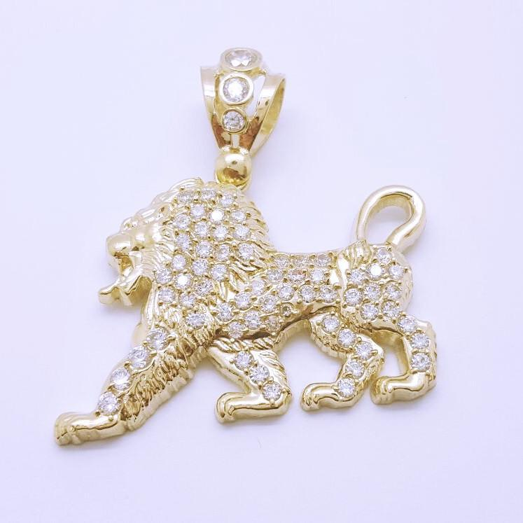 Lion Roar 10K Gold Men Pendant - orquebec